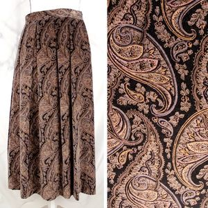 ✨VTG✨ 70s Velvet Paisley Midi Skirt *with pockets*